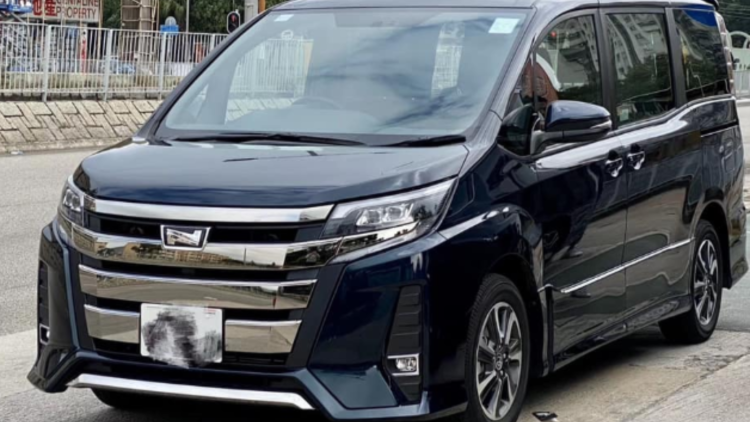 豐田 Toyota Noah Deluxe的車輛圖片